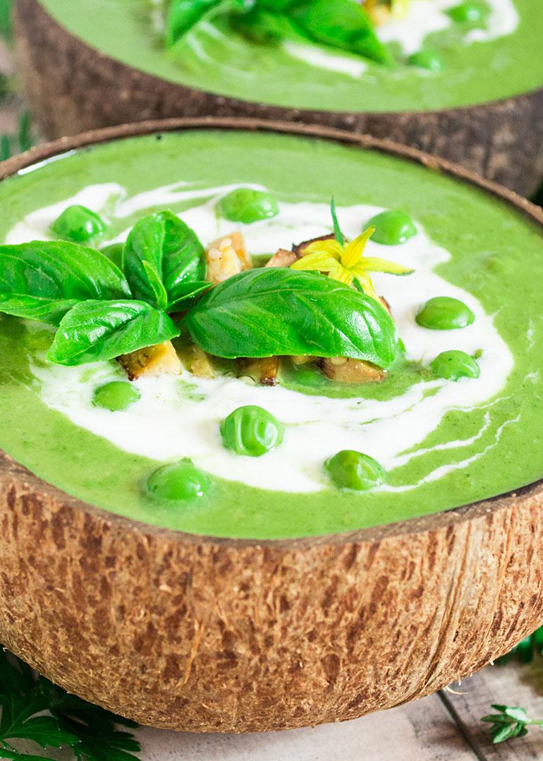 Spinach Green Pea Coconut Cream Soup