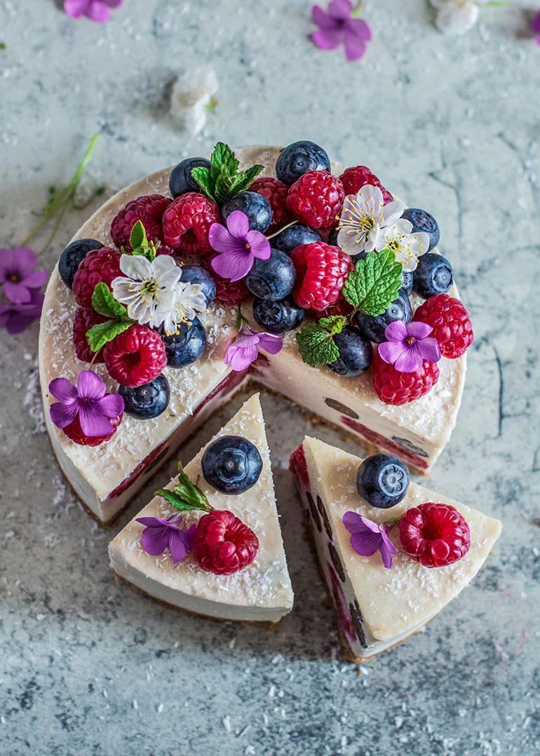 Coconut Lemon & Berry Cheesecake