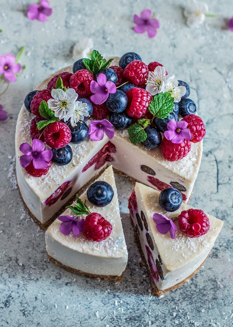 Coconut Lemon & Berry Cheesecake