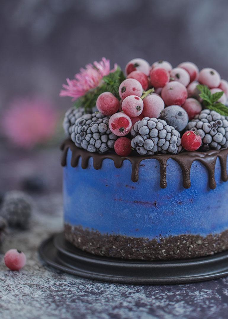 Blue Spirulina Mini Cheesecake