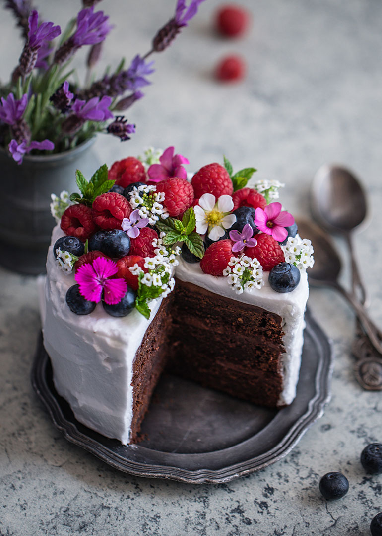 Mini Chickpea Chocolate Cake