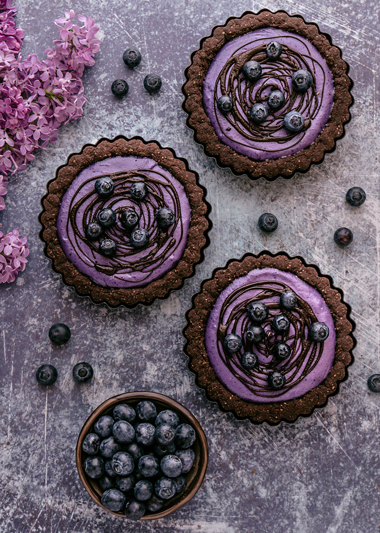 Chocolate Maqui Cookie Tarts