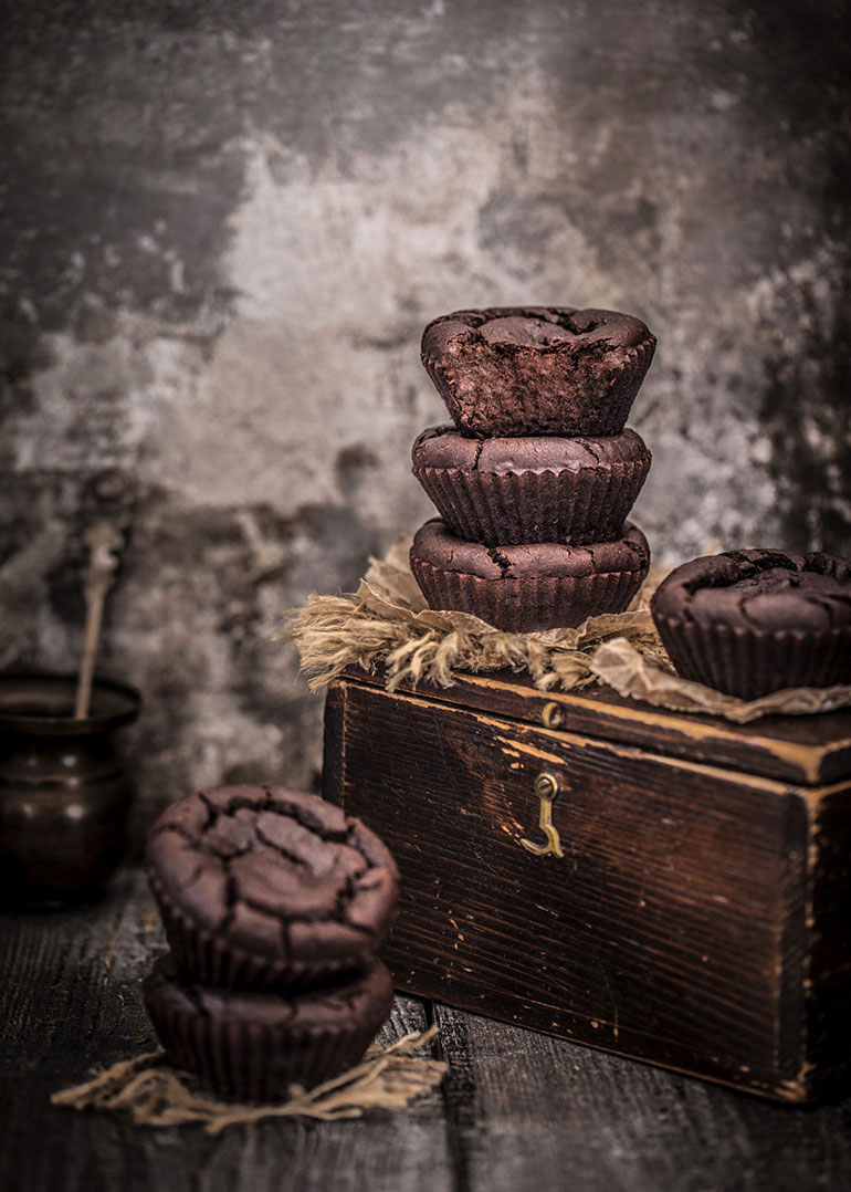 Flourless Chickpea Chocolate Muffins