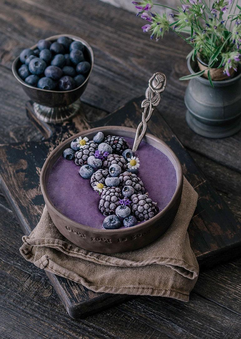 Overnight Oats Blueberry Bowl