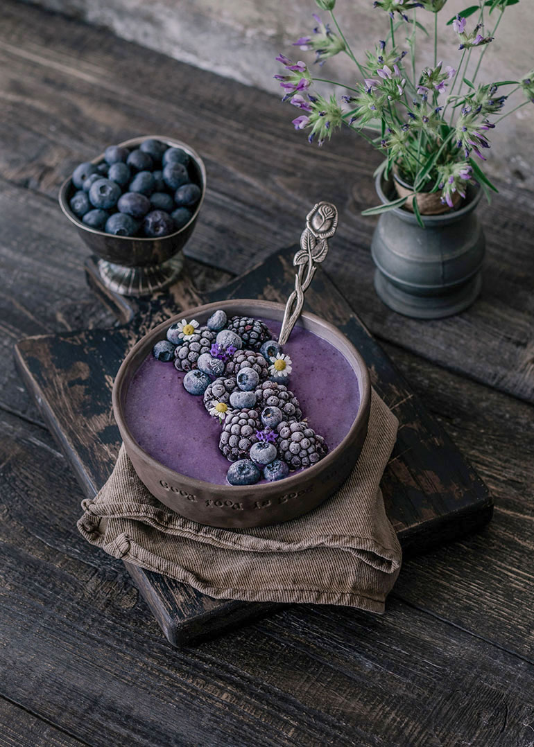 Overnight Oats Blueberry Bowl