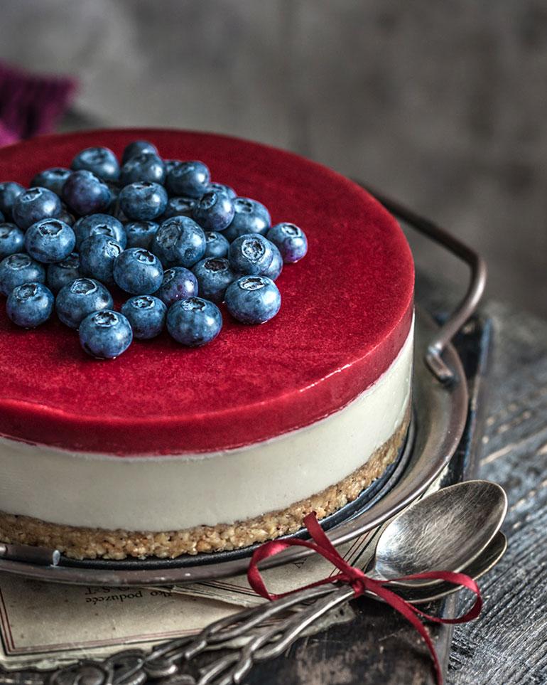 White Chocolate & Cherry Cheesecake