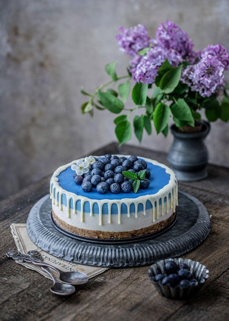 White Chocolate Blue Spirulina Cheesecake